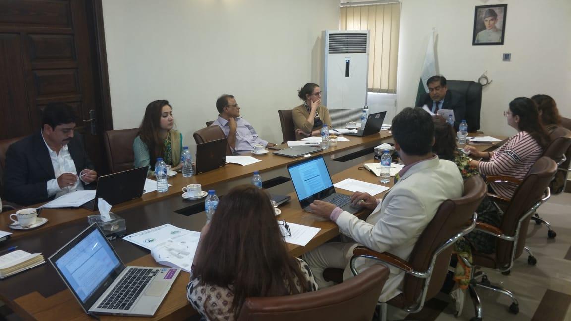 ورلڈ بینک  کے نمائندوں کے ساتھ ملاقات