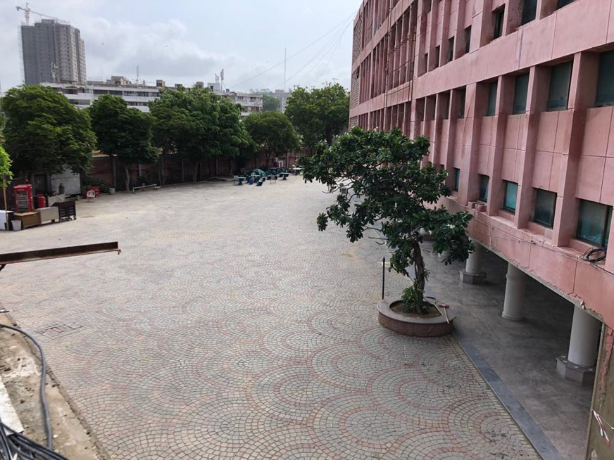 Read more about the article Arts Council North courtyard Pavers view