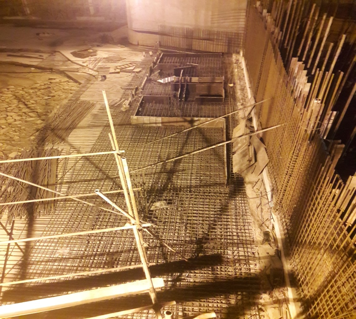 Read more about the article Reinforcement of section 04 (partial) foundation of underground parking plaza is under way.