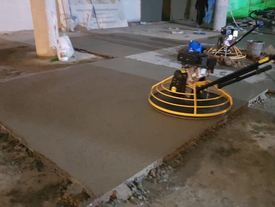 Screed work is in process at level 1 underground parking plaza